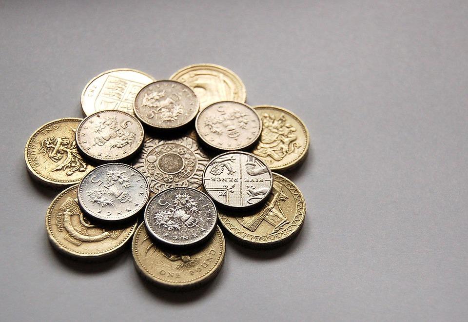 květ z mincí
